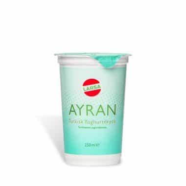 Produktbild på yoghurtdrycken Ayran 250 ml från Larsa.