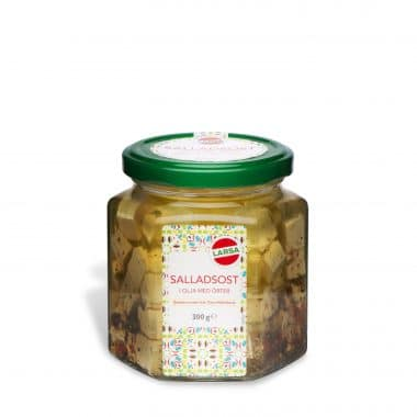 Produktbild på tärnad vitost/salladsost & örter från Larsa i glasburk.